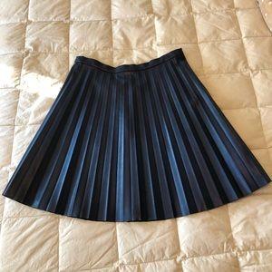 JCrew Navy Vegan Leather Pleated Skirt 6T